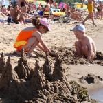 Las 10 mejores playas para ir con niños de España