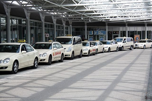 cuánto cuesta un taxi al aeropuerto de Málaga
