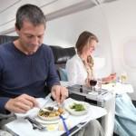 ¿Qué comer para evitar malestares en el avión?