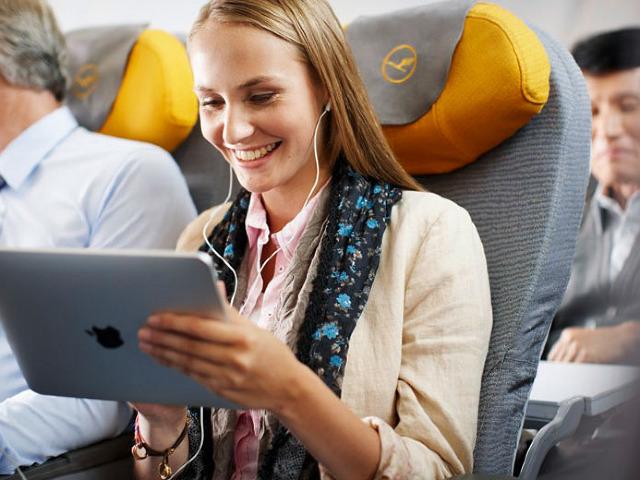 entretenerse durante un viaje en avión