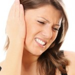 ¿Por qué se tapan los oídos en el avión y cómo solucionarlo?