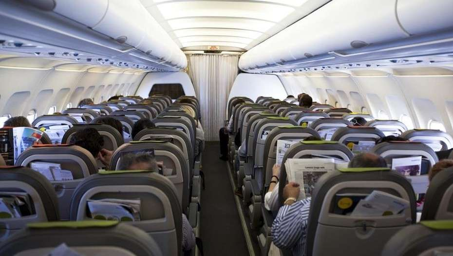 Cómo afectan los viajes en avión a nuestro cuerpo
